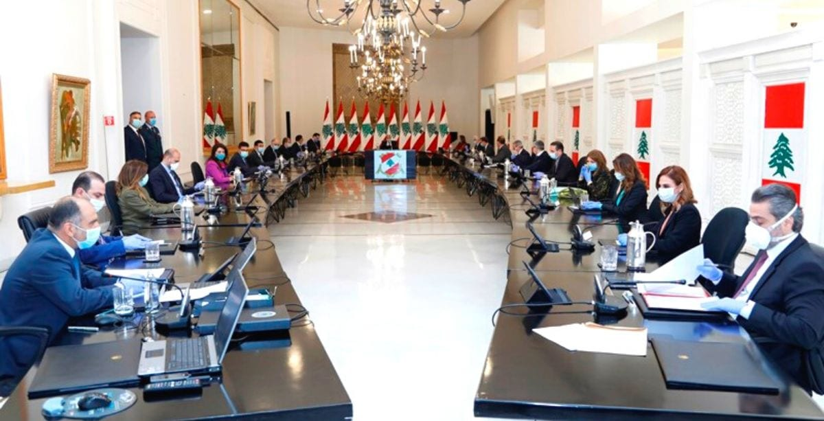 Lebanese cabinet approves decision to provide aid to citizens