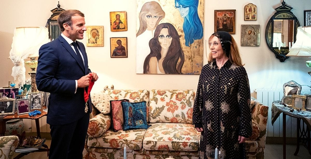 Macron Visited Fairouz And Exchanged Presents With Her