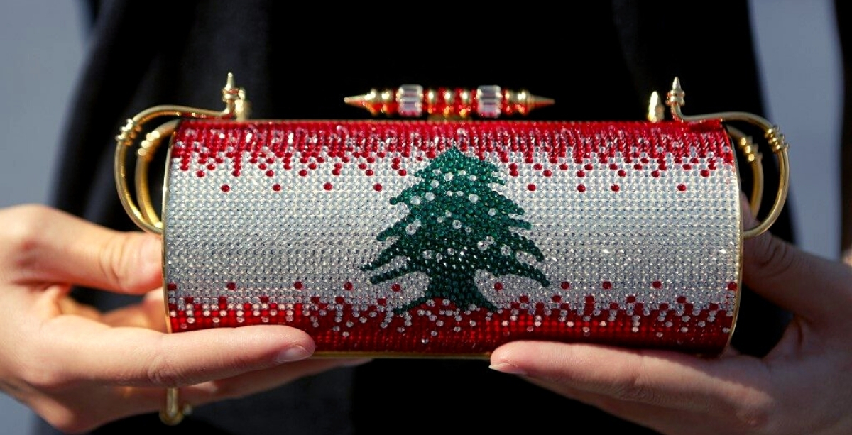 This Crystal-Encrusted Lebanese Flag Purse Is Being Auctioned For Charity