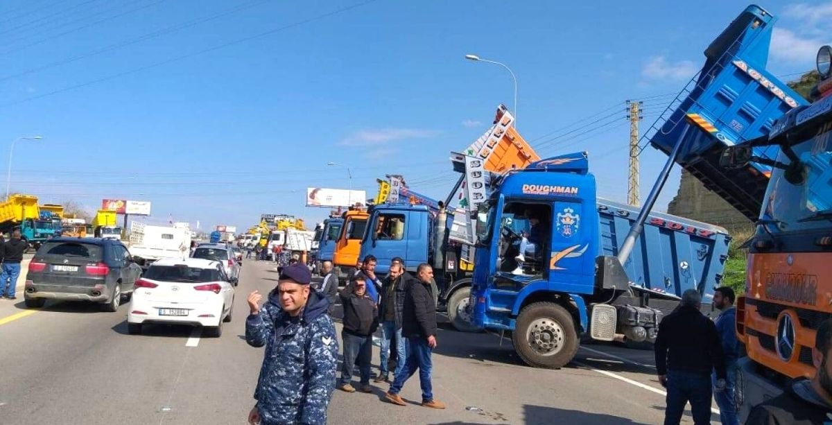60 Lebanese Truck Drivers Have Been Stuck In Syria For A Month