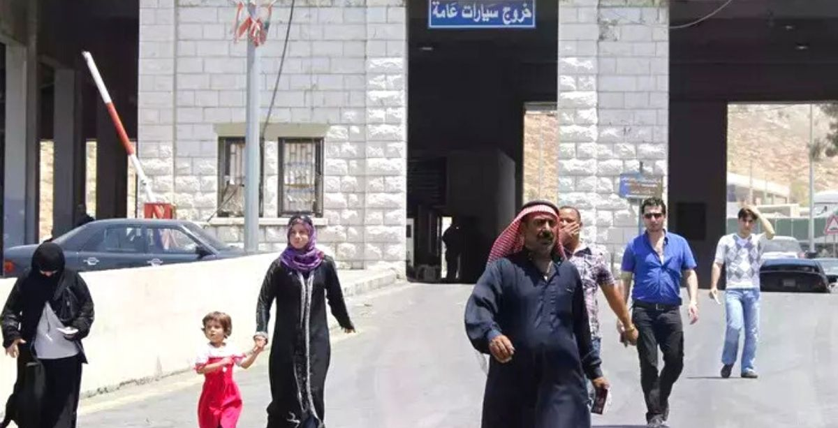 Hundreds Of Syrians Are Leaving Lebanon To Syria Daily
