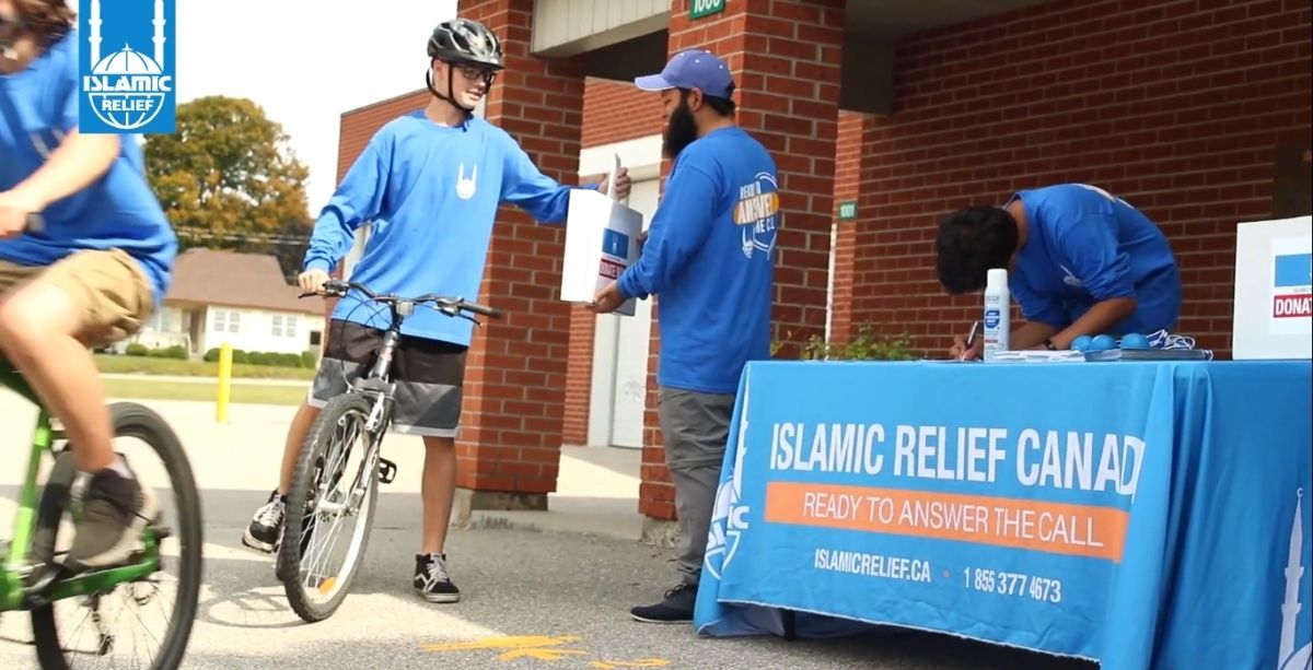 The group of 15-16-year-olds rode their bikes for 10 kilometers with the aim of raising $300.