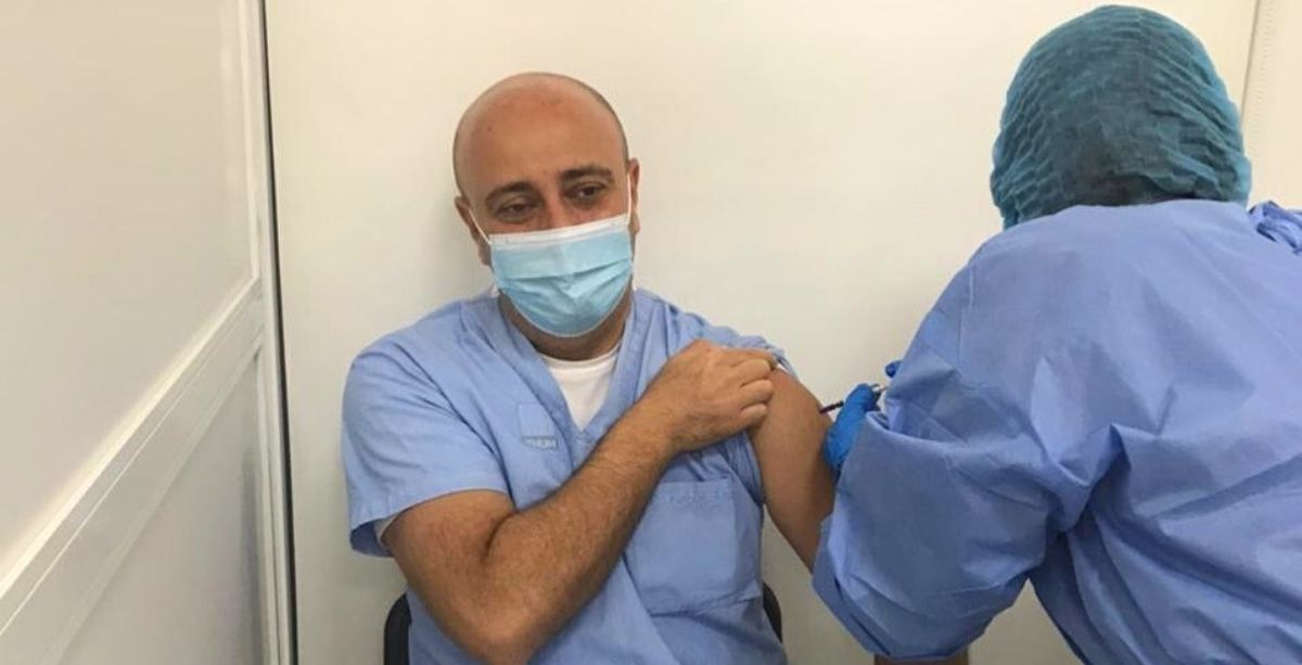 The Truth Behind The Lebanese Doctor 'Faking' Vaccination