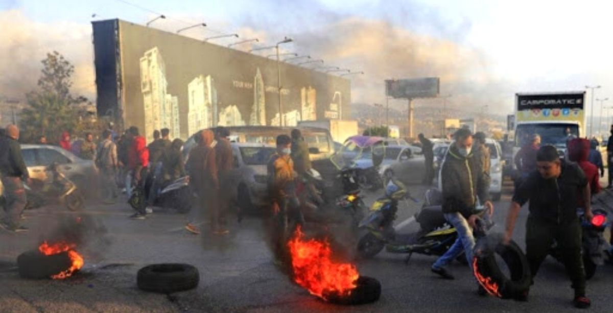 People Are Blocking Roads Across Lebanon As Living Conditions Worsen