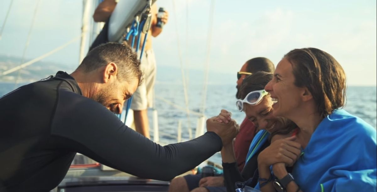 Watch 6 Swimmers Cross 180 KM From Cyprus To Lebanon For The Environment