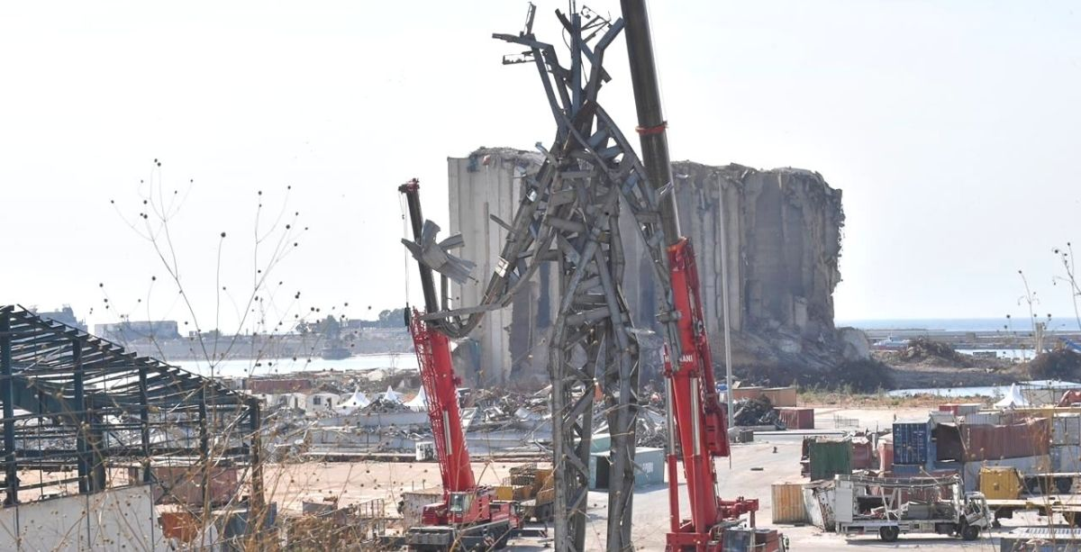 People Are Reacting To The New Giant Sculpture Just Placed At The Beirut Port *Tap the link in @The961 bio for the full story! #The961 #Lebanon