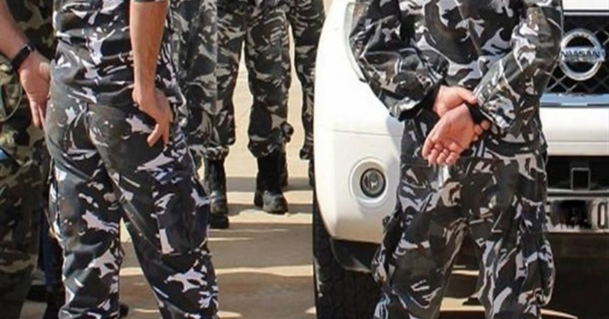 An Internal Security Forces (ISF) policeman was found dead in a car on Tuesday.