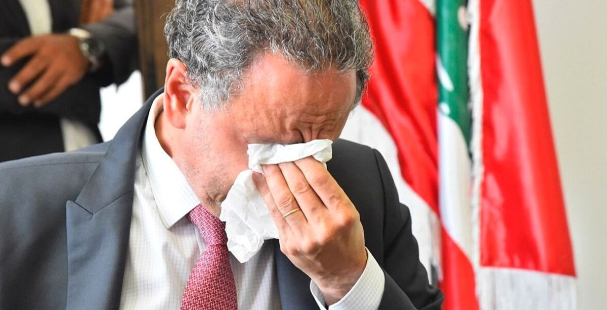 Outgoing Economy Minister Of Lebanon Broke Down On TV Remembering Blast Victims (Video)